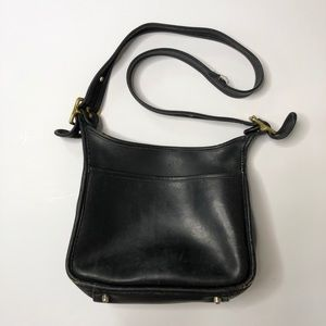 Vintage COACH black leather crossbody purse bag